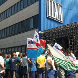 L' ILVA paga regolarmente gli stipendi. Domani gli operai protesteranno con il premier Renzi alla Fiera del Levante