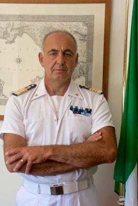 Passaggio di consegne al comando della Capitaneria di Porto di Taranto