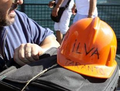 Un nuovo incidente all' ILVA. Operaio ustionato al viso rischia di perdere un occhio