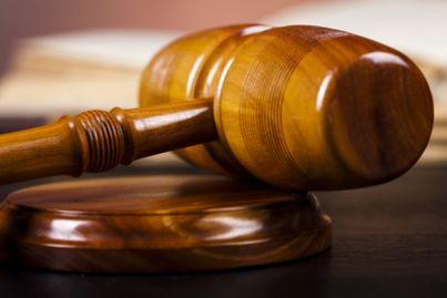 Cassazione: una tirata d'orecchie ai giudici che compensano le spese con troppa disinvoltura.