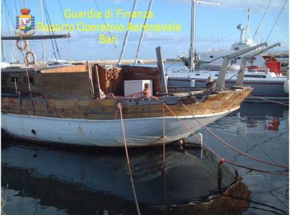 Truffa alla Regione Puglia, barca da noleggio affondata dopo aver preso un contributo pubblico di 100mila euro