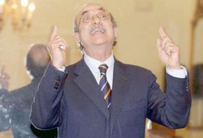 L'ennesima pagliacciata al Comune di Taranto: il sindaco Stefàno azzerra l'ennesima giunta