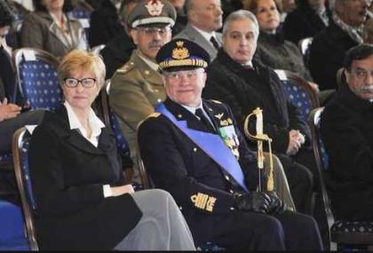Il Ministro Pinotti snobba la Confindustria di Taranto