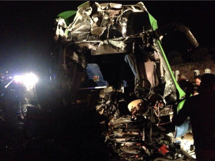 Violento incidente tra un autobus ed un autogru sulla Taranto-Brindisi. Venti i feriti, tre gravi.