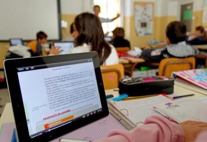 """""""La mia scuola è differente"""" borsa di studio dell' Istituto Don Milani-Pertini sostenuta dalla BCC di San Marzano"""