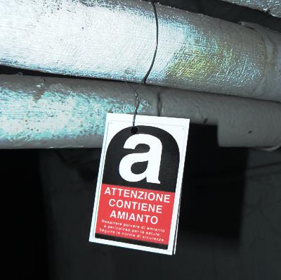 Limitata e circoscritta la presenza di amianto. Nessuna dispersione di fibre ed alcun rischio di esposizione.