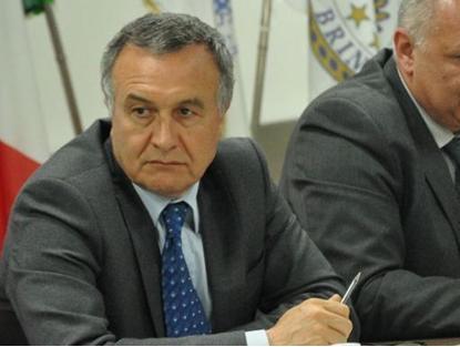 """Il viceministro Bubbico tranquilizza Taranto. """"I profughi libici a Taranto solo poche ore"""""""