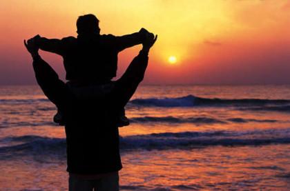 Per essere un buon genitore non basta voler bene al figlio, ma bisogna garantirgli un sano sviluppo psicofisico