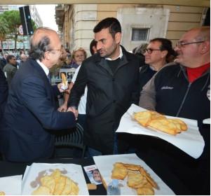 Il sindaco di Bari,  il secondo più amato in Italia . Il sindaco di Taranto è al 63° posto