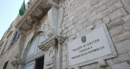"""Trani, 2 magistrati a processo: """"Minacce durante l'interrogatorio di testimoni"""""""