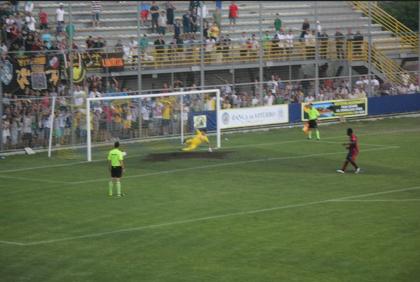 Playoff: Il Taranto vince a Viterbo ai rigori per 4 – 2. La LegaPro è più vicina…ed ora si gioca a Sestri !