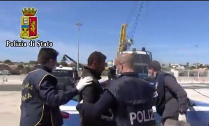 Due scafisti di immigrati arrestati dalla Polizia di Stato a Taranto