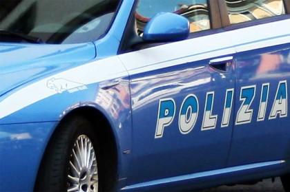 CdG polizia-auto