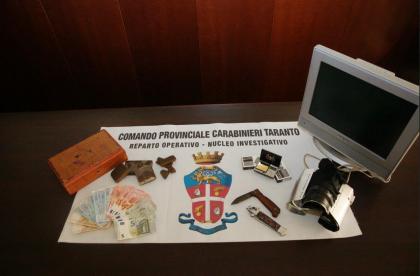 Altre telecamere a protezione dello spaccio di droga nella città vecchia. Due arrestati dai Carabinieri