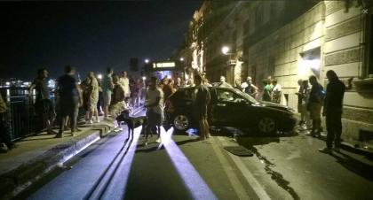 Traffico bloccato nella città vecchia. La Polizia Municipale dorme…o non lavora ?