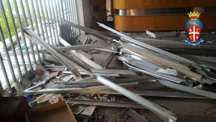 Arrestati due cittadini stranieri per furto di alluminio da un hotel