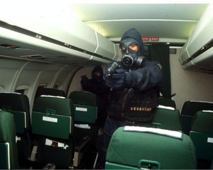 """Nocs, Gis, Col Moschin, Comsubin : chi sono i """"commandos"""" italiani impegnati nella lotta anti-terrorismo"""