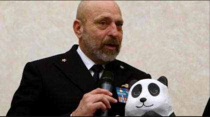 """""""Noi, zimbelli della Nato"""". Scoppia il caso delle caprette volute dall' ammiraglio De Giorgi."""