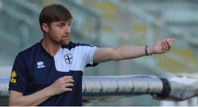 Parma dopo un anno risale nel calcio professionistico. Per il Taranto (società) è già troppo stare fra i dilettanti