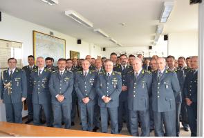 Visita del gen. Piccinni comandante interregionale Italia meridionale ai reparti della Guardia di Finanza di Taranto