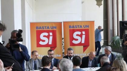"""Referendum riforme: ecco l'appello dei 250 per un """"pacato Sì"""""""