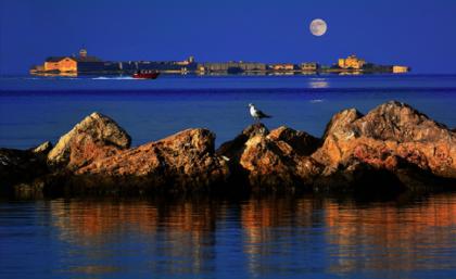 Taranto e il mare: il paradiso può attendere !