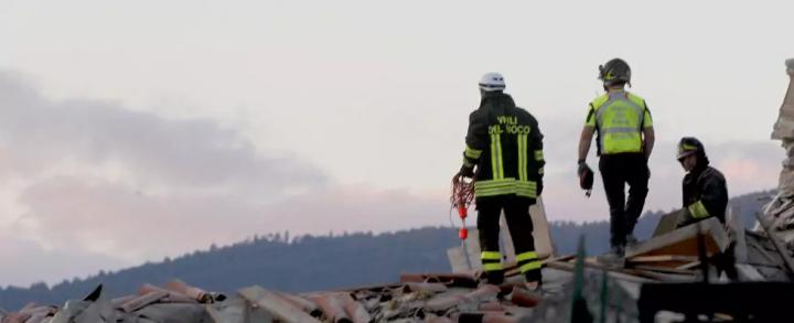 CdG vigili del fuoco al lavoro