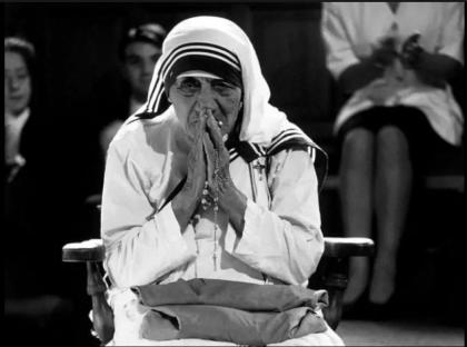 "Papa Francesco proclama santa Madre Teresa: ""Da Sempre vicina ai poveri di Calcutta"""