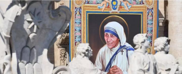 CdG proclamazione santa madre teresa