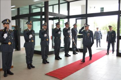 Il comandante regionale della Guardia di Finanza visita il comando provinciale di Taranto