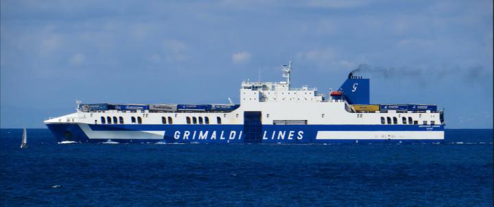 la nave Eurocargo Livorno