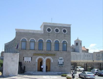 Autorità Portuale di Bari. Il Movimento 5 Stelle ed il Codacons contro le nomine clientelari