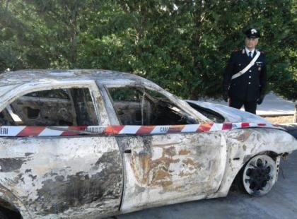 CdG auto bruciata