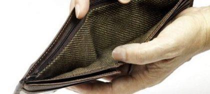 Puglia. famiglie e piccole imprese sommerse dai debiti. Possibile ridurli fino al 50 per cento