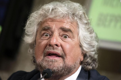 "Beppe Grillo attacca Open Fiber, che replica: ""da Grillo solo fake news"""