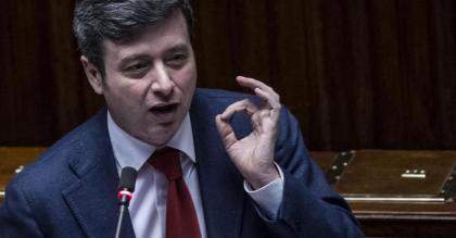 Luci, Ombre e troppi PM : le comunicazioni del ministro della Giustizia Andrea  Orlando