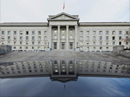 ILVA: rinviata in Svizzera l' udienza del tribunale di Losanna per il  rientro dei 1,3 miliardi di euro dei Riva