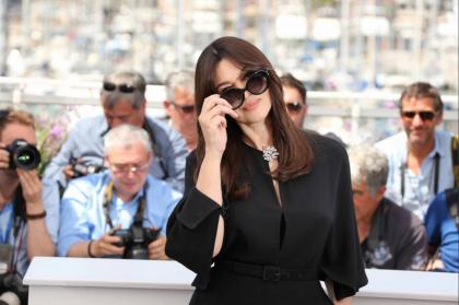 Sulla croisette del Festival del Cinema di Cannes la superstar è Monica Bellucci