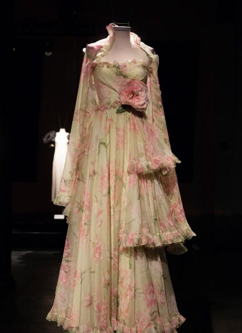 Collezionare abiti mette in relazione con un oggetto che di per sé può  sorprendere per la qualità dell esecuzione 687e2e1ef06