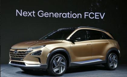 Hyundai rivela il nuovo SUV Fuel Cell, seconda generazione di veicoli a idrogeno in arrivo nel 2018