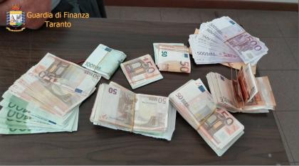 La Guardia di Finanza sequestra a Taranto beni per un milione e mezzo di euro. 4 arrestati
