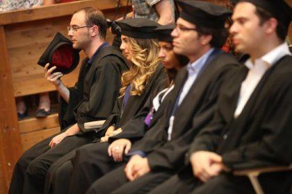 Ocse: pochi laureati e bistrattati. Studenti del Sud indietro di un anno
