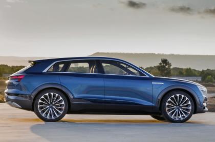 Enel ed Audi firmano accordo per servizi sulla mobilità elettrica. Audi e-tron, auto ufficiale di Cortina d'Ampezzo