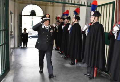 """Napoli. Il Generale Tomasone in visita alla """"Pastrengo"""" dell' Arma dei Carabinieri"""