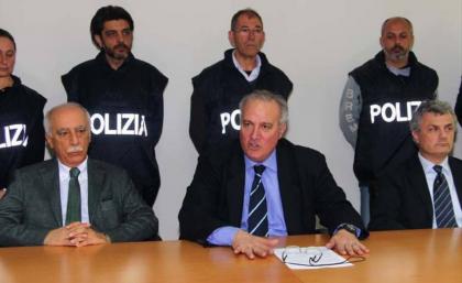"""Gli """"spifferi"""" della Questura di Taranto e la differenza fra gli avvocati  penalisti di Lucca e quelli tarantini… dd544d4dda9"""