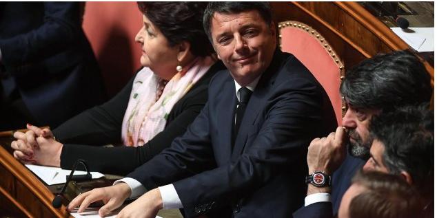 Matteo Renzi sui banchi del Senato