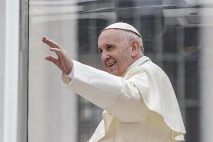 """Papa Francesco Bergoglio: """"Il Mediterraneo sia un'arca di pace"""""""