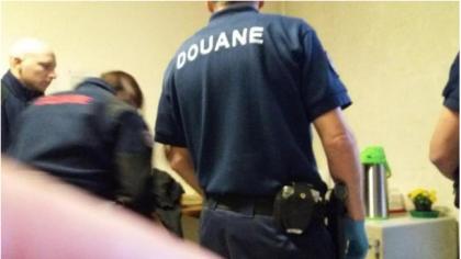"""La Procura di Torino : """"Illegale il blitz dei gendarmi francesi nel centro di accoglienza medica a Bardonecchia"""""""