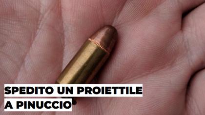 Striscia la notizia, proiettile nella cassetta della posta di Pinuccio