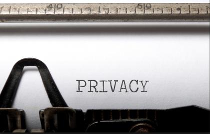 CdG | PRIVACY